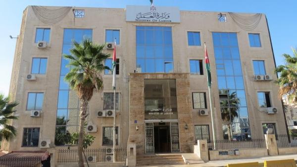 189 ألف عامل مصري في الأردن