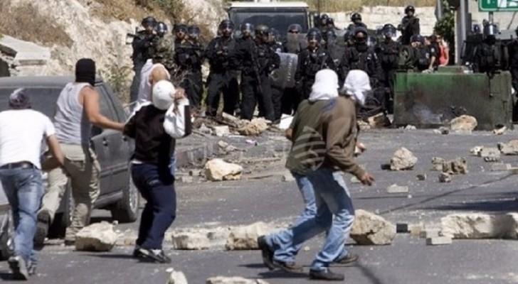 مواجهات عنيفة في العيسوية احتجاجاً على اقتحامات الاحتلال المتكررة