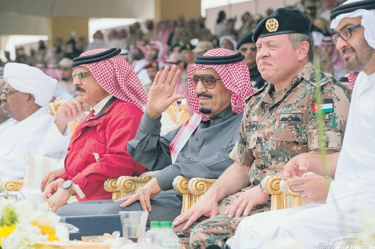 الملك يتابع اختتام تمرين درع الخليج المشترك
