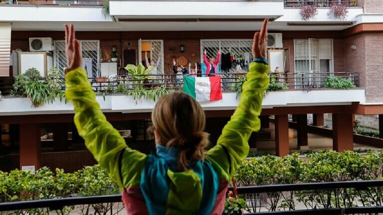 إيطاليا ..  454 وفاة جديدة بكورونا ترفع الحصيلة إلى 24114