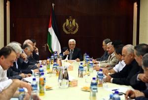 فتح تشكل لجنة حوار مع حماس لحسم مصير الحكومة