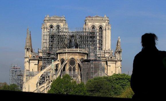 رصد معجزة بعد إخماد حريق كاتدرائية في باريس