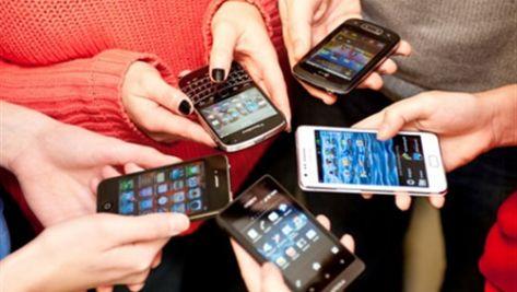تعرف على 7 أمراض يسببها لك الهاتف الذكي؟