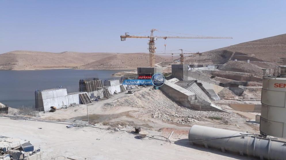 """""""مزارعو وادي الأردن"""": وزير مياه سابق يتحمل مسؤولية جفاف سد الوالة"""