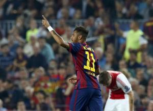 """شاهد : """"نيمار وميسي"""" يقودان برشلونة لإسقاط أياكس.. وسان جيرمان يفوز في الوقت القاتل"""
