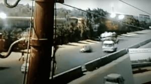بالفيديو : مصر: لحظة وقوع حادث قطار بنها