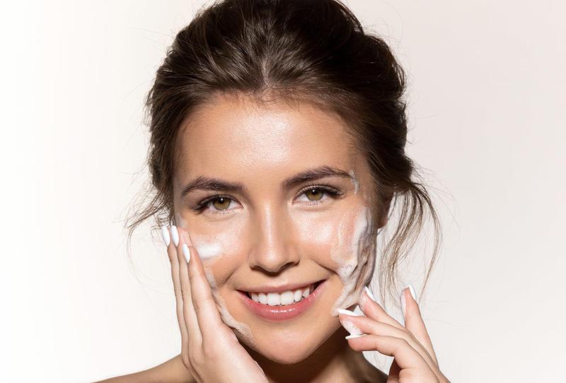 لجمال بشرتك ..  إليكِ أفضل صابون للوجه