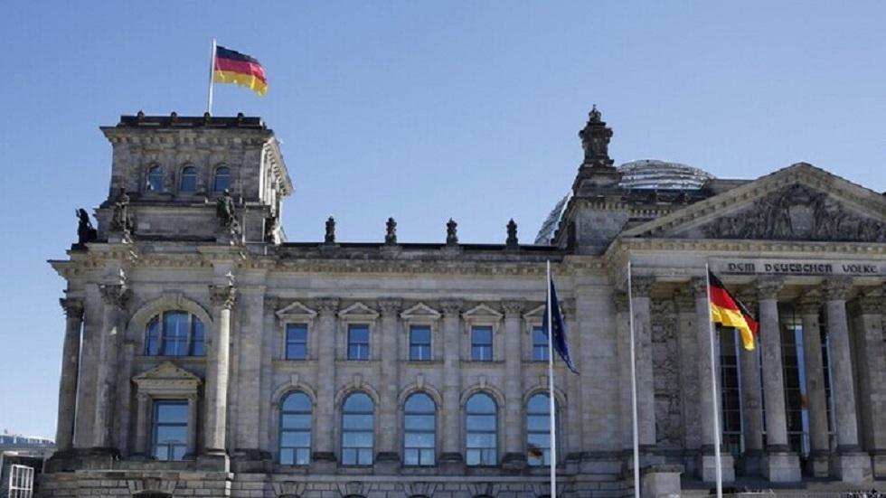 وزير ألماني يحذر من موجة ثانية لكورونا ويكشف عن وضع البلاد منها