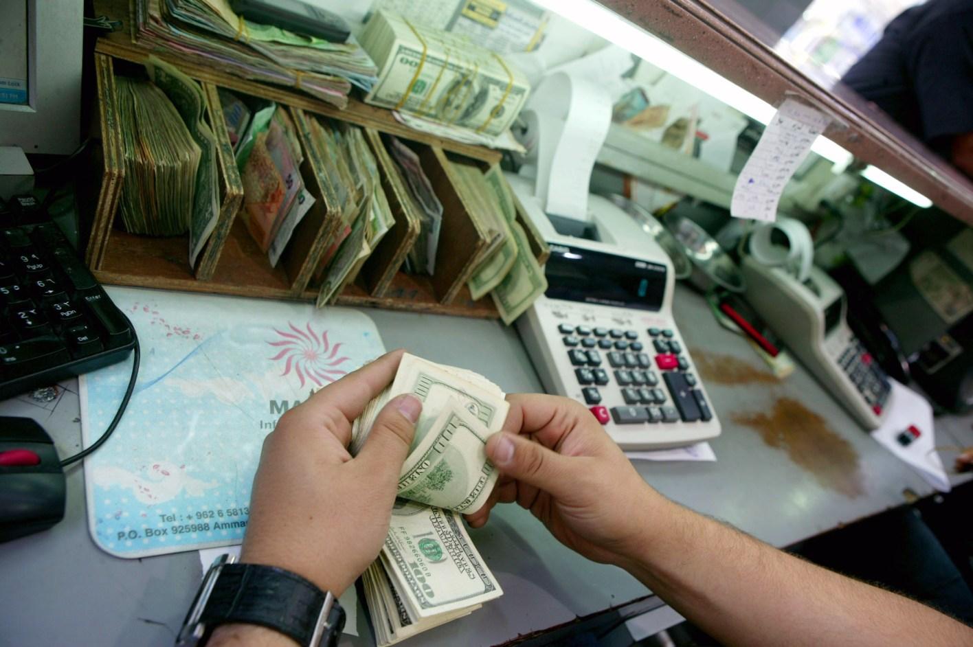 979 مليون دينار حوالات المغتربين الأردنيين في 5 أشهر