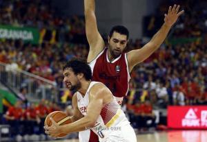 مصر تخسر بنتيجة كبيرة من إسبانيا في مونديال السلة