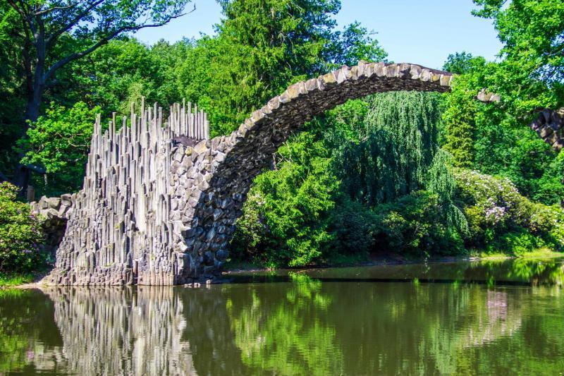 """اماكن سياحية في ألمانيا: صور """"جسر الشيطان"""" المذهلة على انستغرام"""