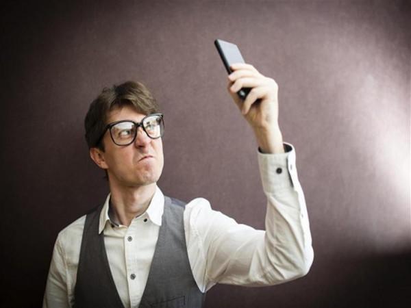 تحذير من استخدام الهاتف عند ضعف الشبكة