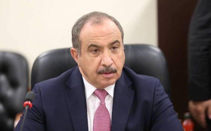 الدكتور صلاح اللوزي شخصية قيادية  .. و رجل لا يهاب قول الحق