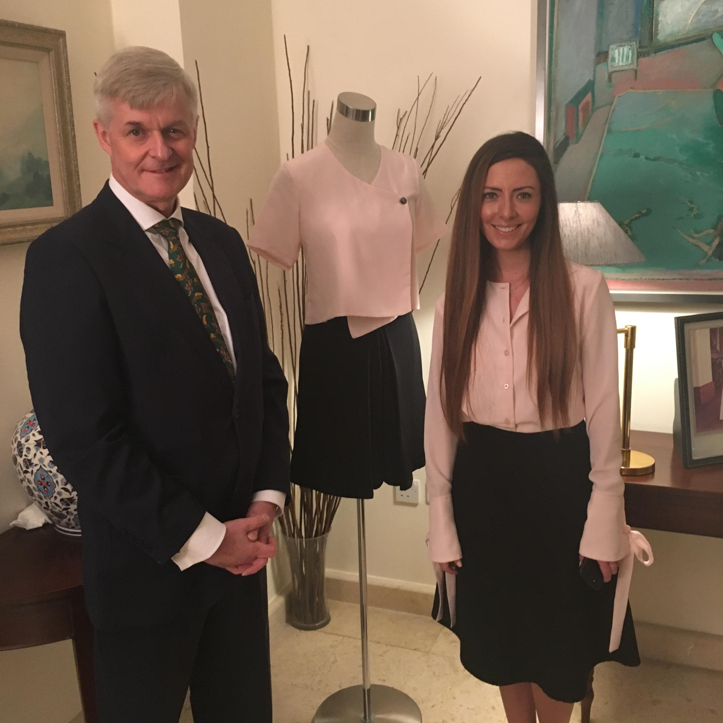 السفارة البريطانية تحتفل بإطلاق المجموعةالأولى للمصممةالبريطانية الأردنيه إديلينا جويس
