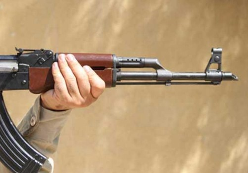 اربد : إصابة فتاة عشرينية بمشاجرة مسلحة أثر خلافات عائلية  ..  والقبض على (5) مشاركين