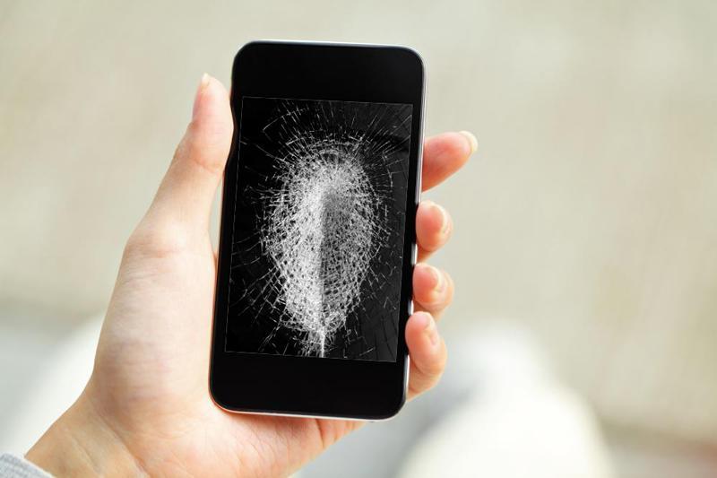 زيت الكتان قادر على إصلاح شقوق شاشة الهاتف ذاتياً في 20 دقيقة