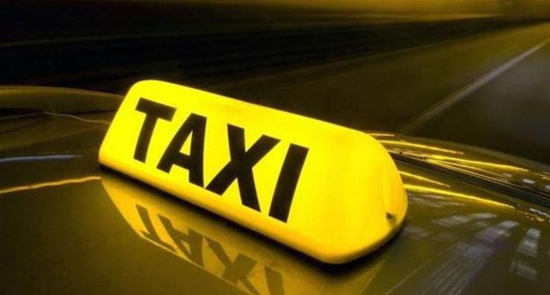 والدان ينسيان رضيعهما في سيارة أجرة  .. تفاصيل