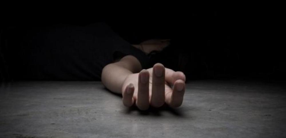 جريمة تهز دولة عربية أطرافها الأم وابنتها وشقيق مسؤول سابق  ..  تفاصيل
