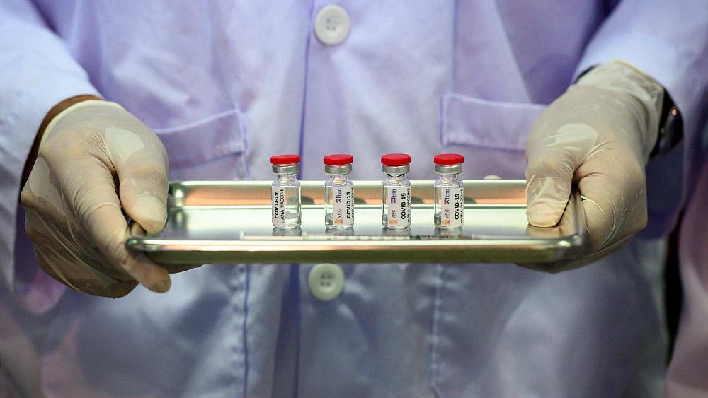 تعرف على أبرز الفروق بين اللقاحات المتاحة ضد كورونا !