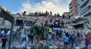 تركيا: ارتفاع حصيلة ضحايا زلزال إزمير إلى 17 قتيلاً و 709 جرحى