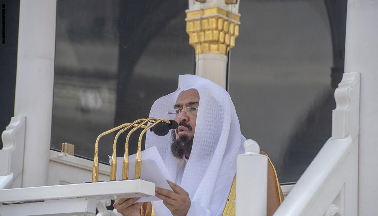 السديس عن محمد بن سلمان: شاب طموح ..  والنيل من بلادنا استفزاز لأكثر من مليار مسلم
