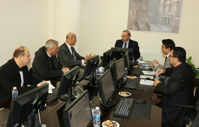 """عمان العربية"""" بصدد أدماج برامج تعليم مطورة في كليتي """"العلوم الحاسوبية والمعلوماتية والاعمال"""