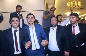بالصور  ..  الزميل صدام المشاقبة يدخل القفص الذهبي