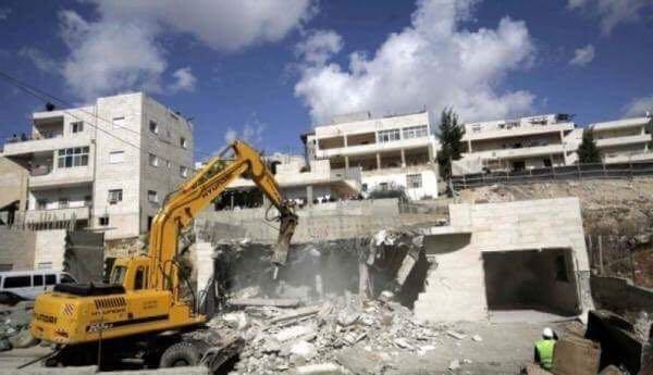اشتباكات في جنين بعد هدم الاحتلال منزل شهيد فلسطيني