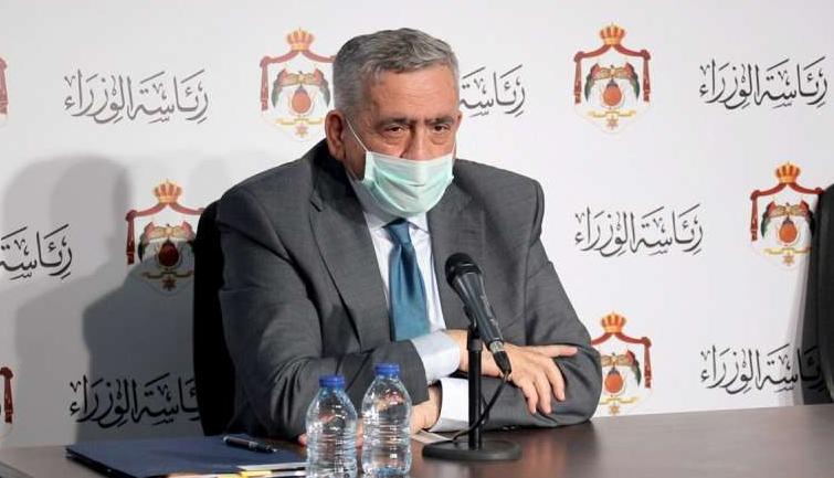 """وزير الصحة: مصابو كورونا لديهم """"مناعة"""" و سيتلقون اللقاح في مراحل مقبلة"""