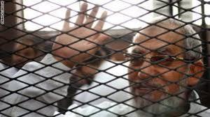 مصر: تخفيف الحكم على مرشد الاخوان من الاعدام إلى المؤبد
