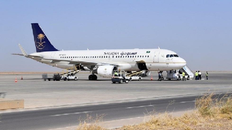 الطيران السعودية تسير أولى رحلاتها إلى الخارج