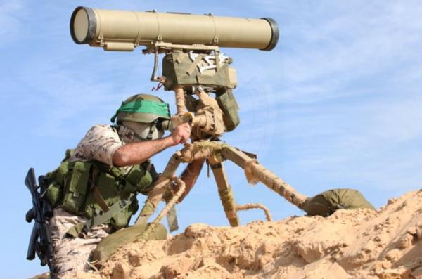 """""""القسام"""" تعلن استهداف حافلة نقل جنود صهاينة بصاروخ موجه"""