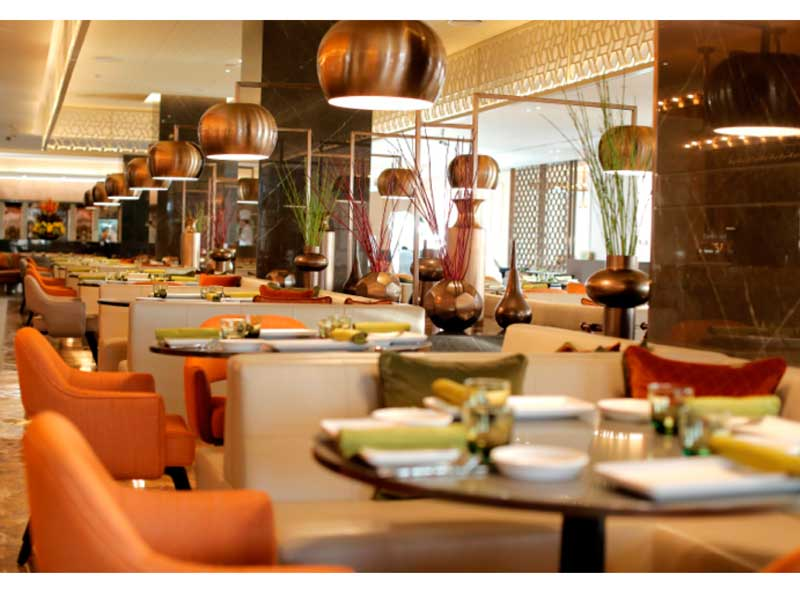 مجموعة مطاعم كبرى بحاجه لتوظيف نادل (Waiter) عدد 4