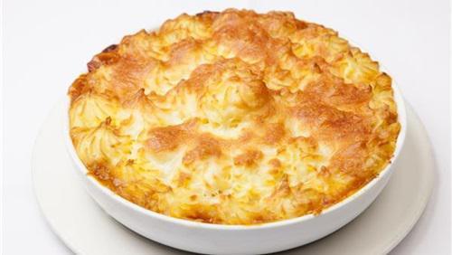 """طريقة عمل""""طاجن البطاطس بقطع الدجاج والجبن"""""""