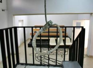 """الإعدام لقاتل """"جز"""" عنق طالب في جامعة آل البيت بـ """"قطاعة"""""""