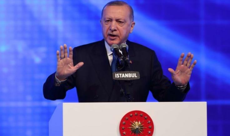 """تركيا: مسؤولون في """"العدالة و التنمية"""" يقولون إن أردوغان سيجري تعديلاً وزارياً"""