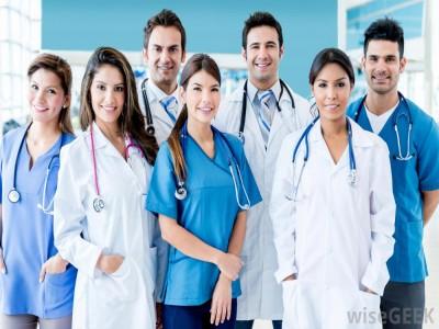 مطلوب لكبرى الجهات الطبية في الخليج ممرضين ذكور و اناث