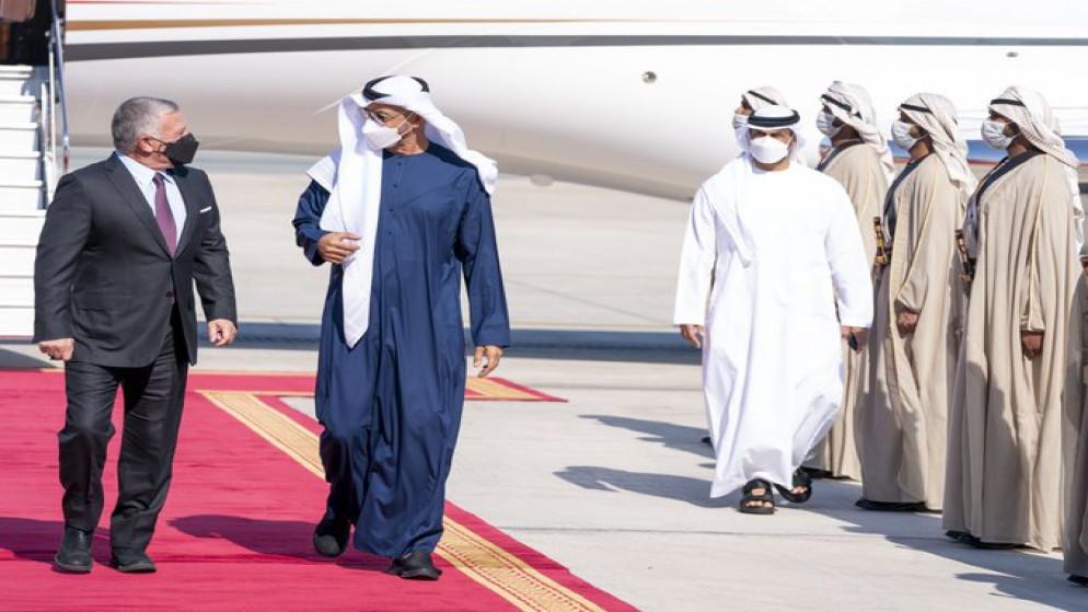 ولي عهد أبوظبي: تمنياتي بأن يستمر الأردن في موقعه العربي والدولي صوت العقل والحكمة