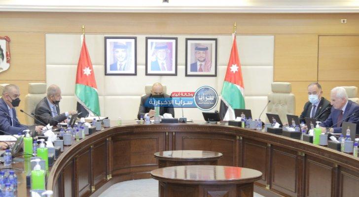 مجلس الوزراء يوافق على تسوية الأوضاع الضريبيّة لـ (176) شركة ومكلّفاً