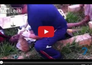بالفيديو ..اخراج رجل من القبر بعد صرخات استغاثته من مدفنه