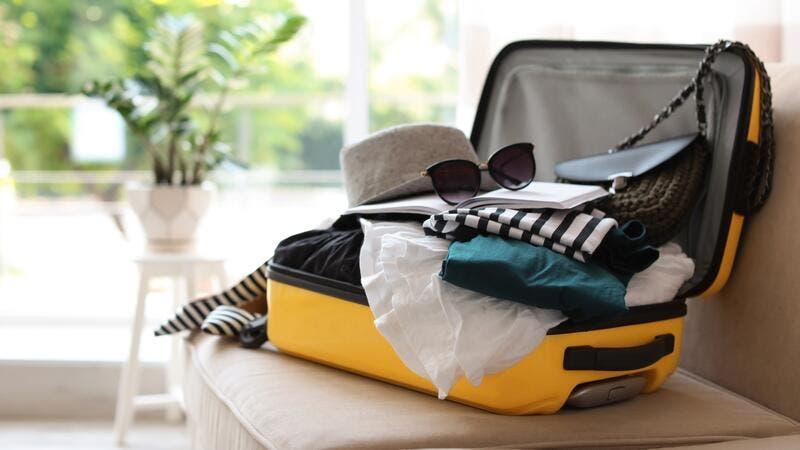 10 خدع للحصول على حقيبة أخف في السفر