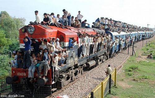 الهند : عزل مرضى كورونا في عربات القطارات!