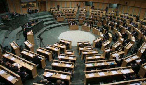 مجلس النواب يستكمل اليوم مناقشة قرارات لجانه حول مشاريع قوانين