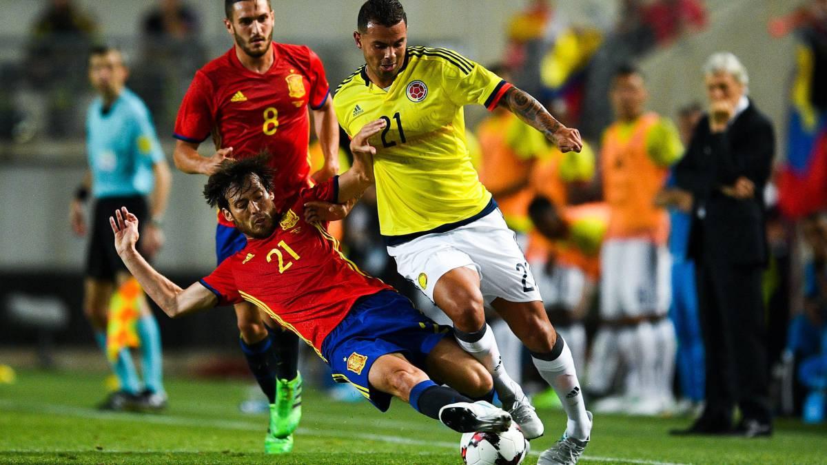 إسبانيا تنجو من الخسارة على أرضها  أمام كولومبيا بهدف قاتل