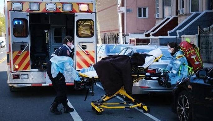 وفيات كورونا في الولايات المتحدة تتخطى حاجز 130 ألفا