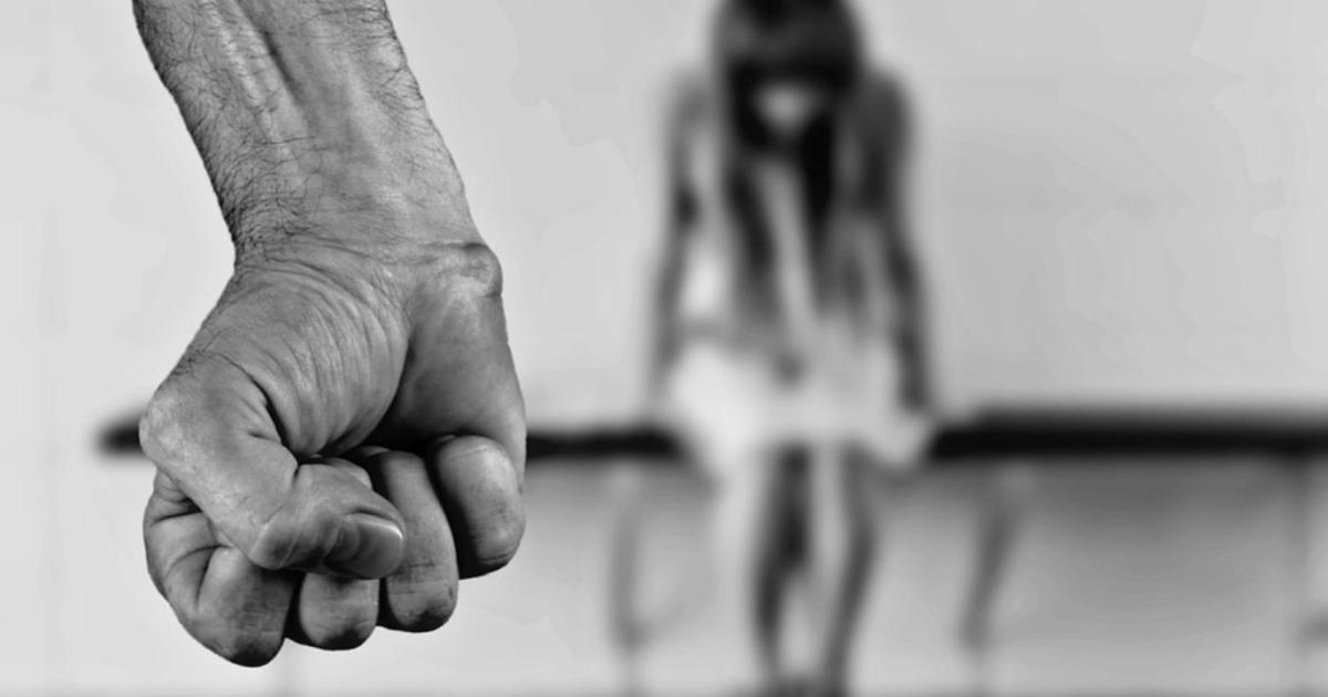 تفاصيل مؤلمة حول الفتاة التي تعرضت للتعنيف من شقيقها في الأردن