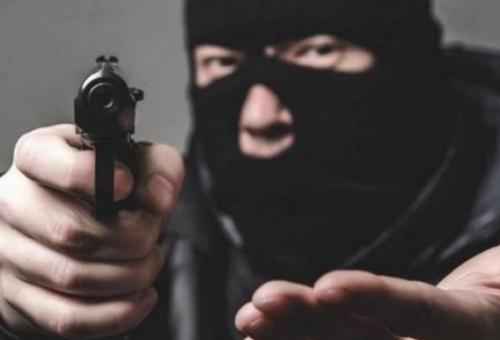 """فشل تنفيذ """"سطو مسلح"""" على محطة """"محروقات"""" في عمان و الأمن يُحقق"""