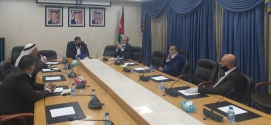 فلسطين النيابية تدين اقتحام باحات الأقصى