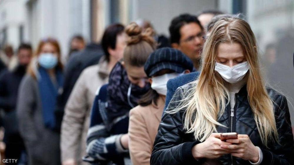 كم يسافر فيروس كورونا في الهواء؟ ..  خبراء يحددون المسافة