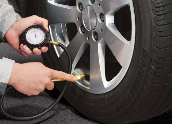 نتيجة بحث الصور عن تقليل ضغط اطارات السيارة في الصيف.. هل هو تصرف صحيح؟